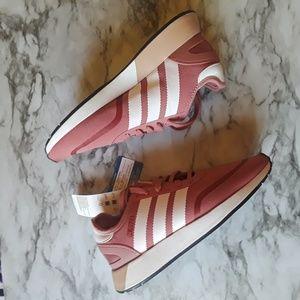 Nwt Womens Adidas N5923 Sneakers